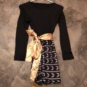 Dresses & Skirts - Stretchy long sleeve dress with belt